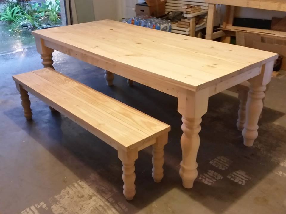 turned-leg-table-004
