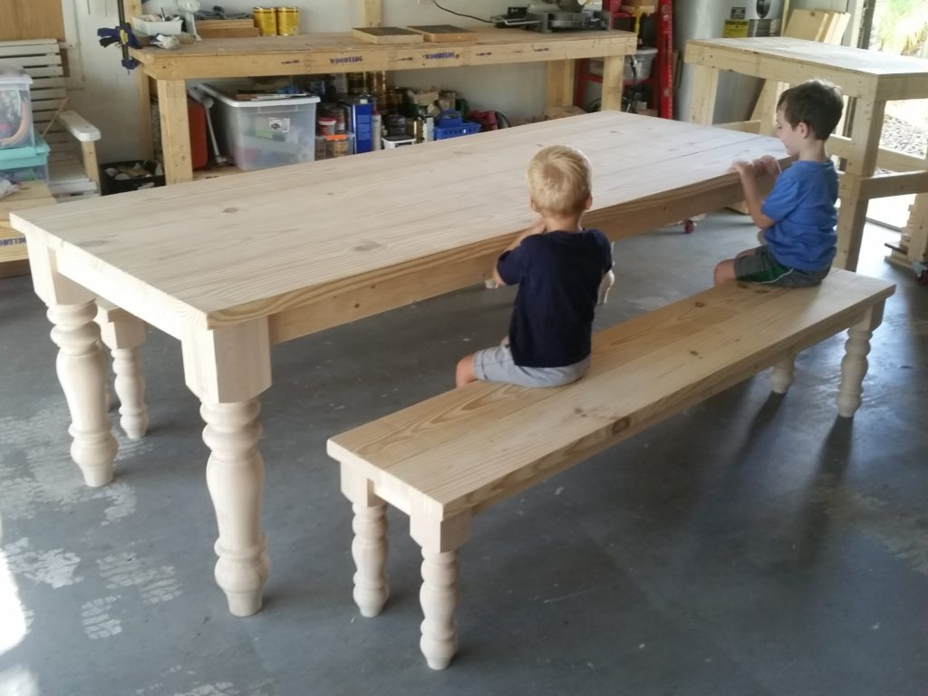 8ft-turned-leg-table (11)