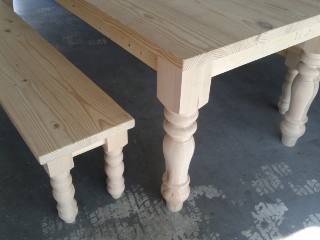 8ft-turned-leg-table (9)